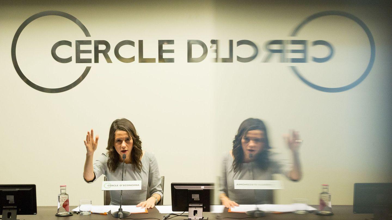 Inés Arrimadas, durante la conferencia-coloquio que ha ofrecido en la sede del Círculo de Economía.