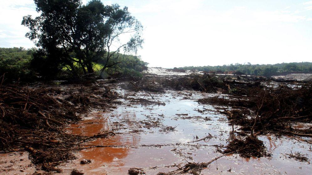 Foto: Unas 200 personas pueden estar desaparecidas por rotura de presa en Brasil. (EFE)