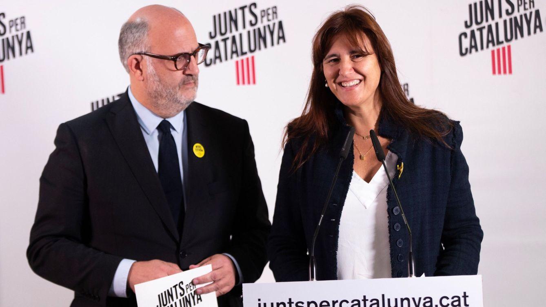 Foto: La número uno de JxCat al Congreso, Laura Borràs, junto al portavoz de la formación, Eduard Pujol, en una foto de archivo (EFE)