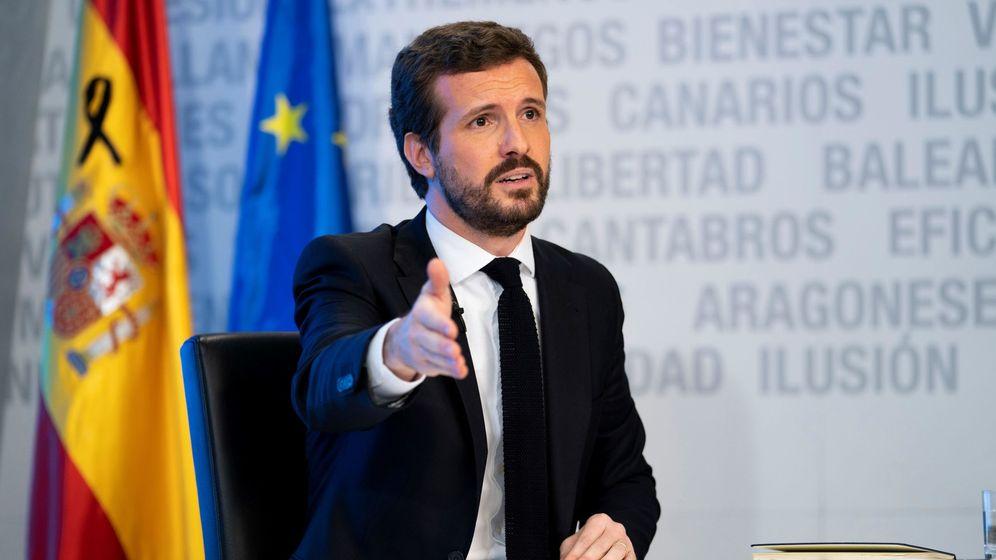 Foto: Fotografía facilitada por el PP de su presidente, Pablo Casado, durante la rueda de prensa telemática. (EFE)