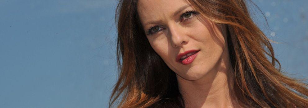 Foto: Vanessa Paradis olvida a Johnny Depp con un ex de Carla Bruni