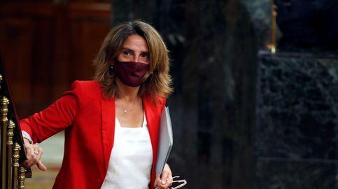 Ribera acusa a Podemos de crear falsa expectativa y demagogia barata con la luz