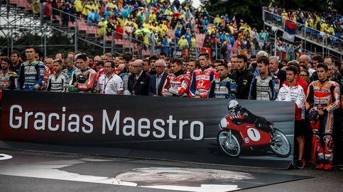 El motociclismo se despide de Ángel Nieto con un doloroso minuto de silencio