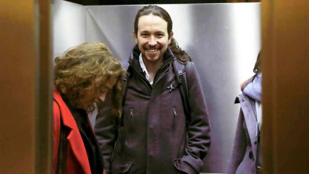 "Iglesias: ""Hemos conseguido que Rajoy se retire; le toca mover ficha al PSOE"""