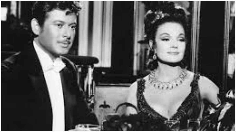 Vicente Parra y Carmen Sevilla, en un fotograma de 'La guerrillera de la Villa'. (Cesáreo González P.C)