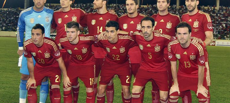 Foto: Once inicial de España en su partido ante Guinea Ecuatorial (EFE)