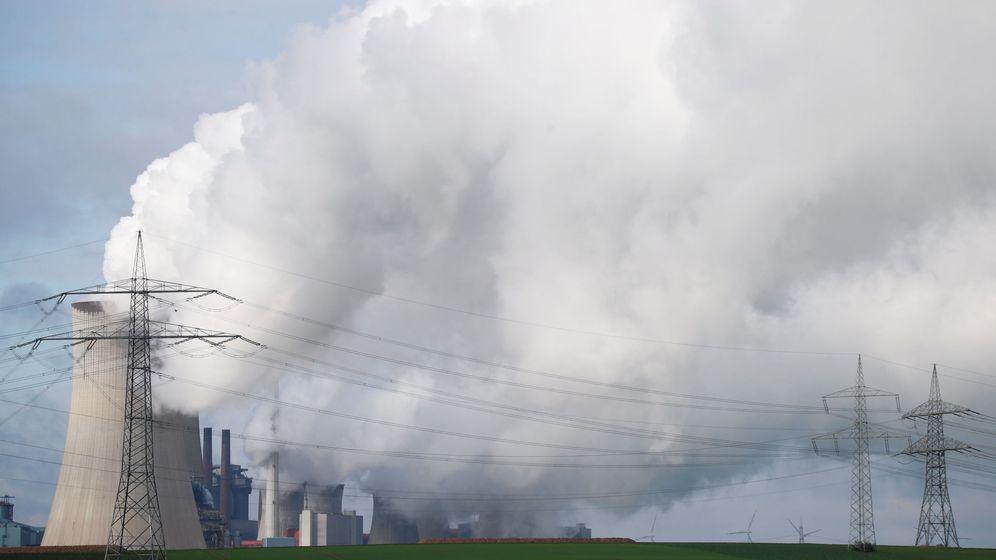 Foto: Vapor de una central térmica propiedad de RWE al noroeste de Colonia (Reuters)