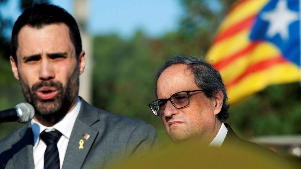 Foto: El president de la Generalitat, Quim Torra, y el presidente del Parlament, Roger Torrent. (EFE)
