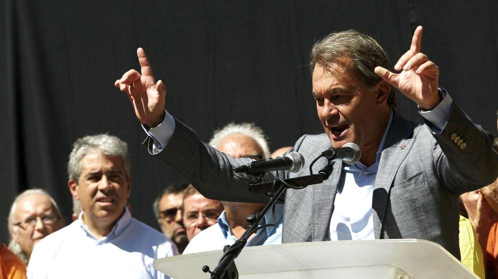 Foto: El expresidente de la Generalitat Artur Mas junto a Francesc Homs en una imagen de archivo. (Efe)