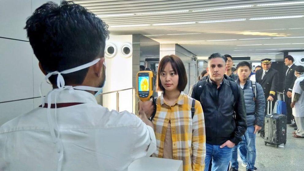 España pide no viajar a China y la CE eleva el riesgo de contagio por el virus de Wuhan