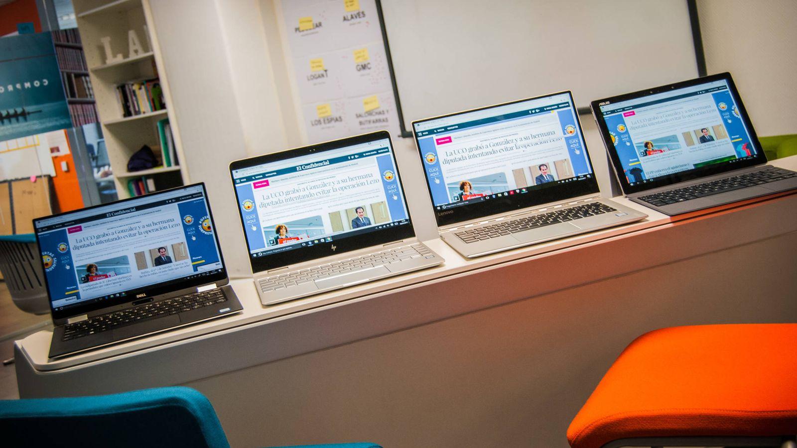 Foto: De izquierda a derecha: Dell XPS 13, HP Spectre x360, Lenovo Yoga 910 y Asus Transformer Pro 3. (Carmen Castellón)