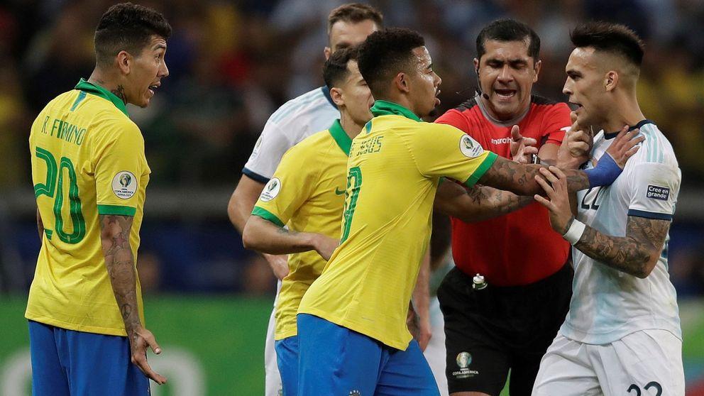 La señal del VAR en el polémico Brasil-Argentina podría haber estado cortada