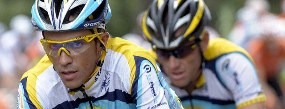 Foto: Contador deja claro a Armstrong quién es el jefe