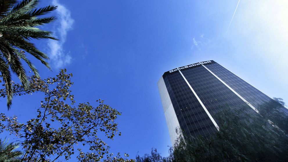 El BCP y Kutxabank, también de salida en el capital del Banco Sabadell