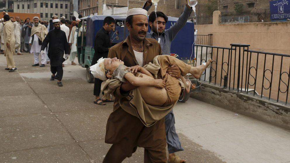 Más de 270 muertos por el terremoto que ha golpeado Pakistán y Afganistán
