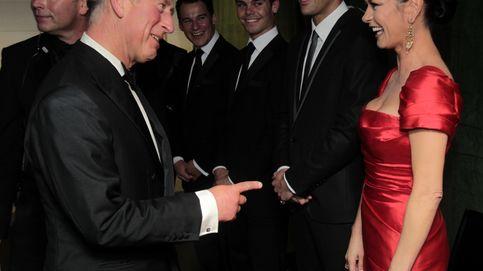 La disparatada historia de amor entre Carlos de Inglaterra y Catherine Zeta-Jones