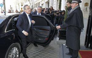 Las directivas de Madrid y Barça rebajaron la tensión en el protocolario almuerzo