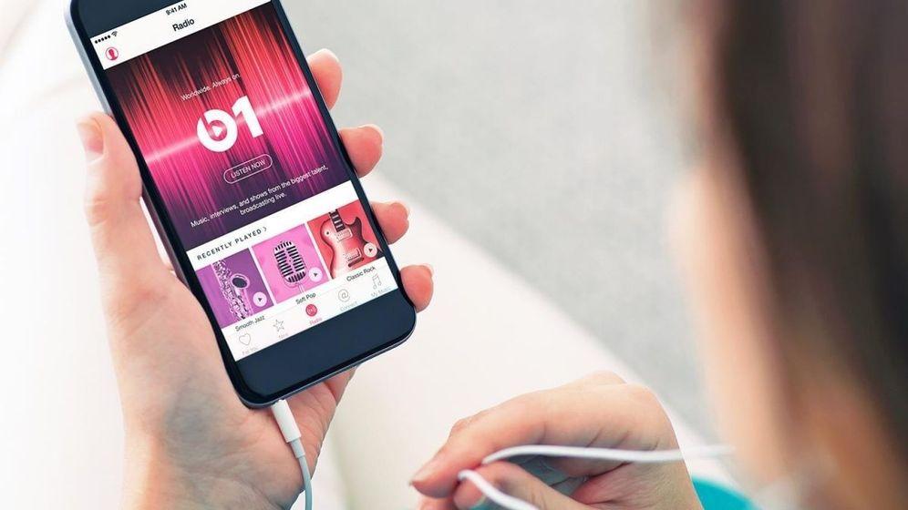 Apple cierra su radio gratuita: si quieres oírla, tendrás que suscribirte (y pagar)