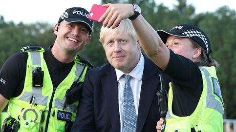 Todos locos o por qué hay cada vez más payasos como primeros ministros