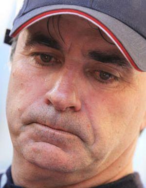 Carlos Sainz no se recupera del 'palo' del jueves ni con una victoria