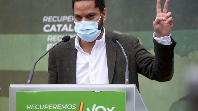 El candidato de Vox a la Generalitat, Ignacio Garriga, en un mitin celebrado en el parque de la Dehesa de Girona. (EFE)