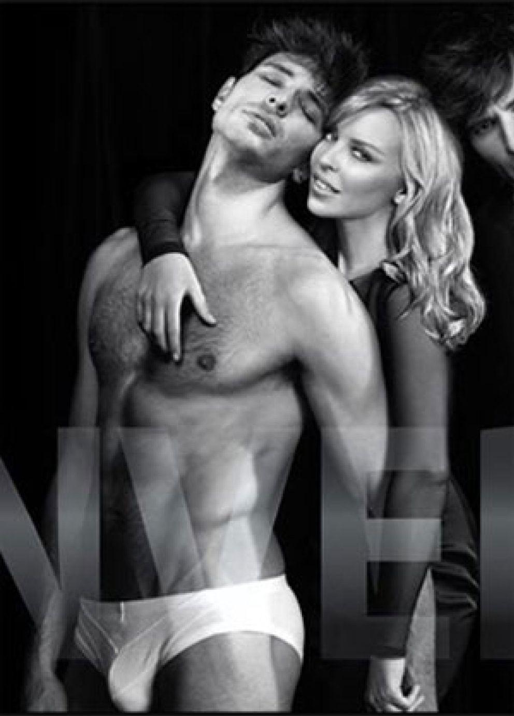 Kylie Minogue Desnuda A Andrés Velencoso