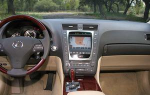 Lexus GS450H, la berlina con mejor valor añadido