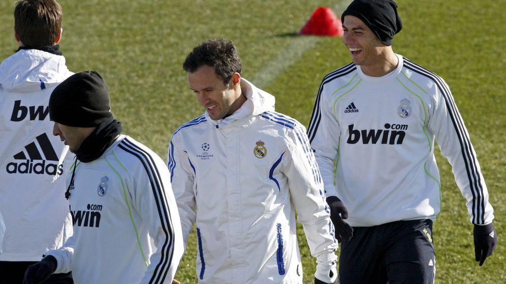 Foto: Ricardo Carvalho y Cristiano Ronaldo, en un entrenamiento con el Real Madrid en 2011. (EFE)