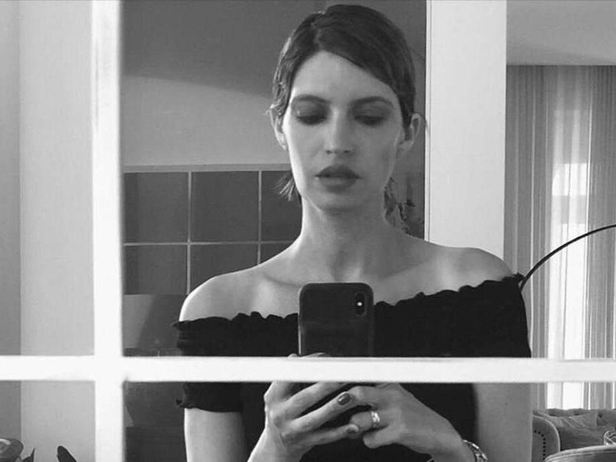 Foto: Sara Carbonero, con uno de sus lookazos pixie. (Instagram @saracarbonero)