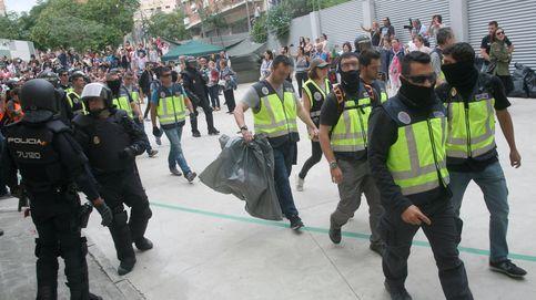 Guardias civiles abandonan el Hotel Bruc conminados por la dirección