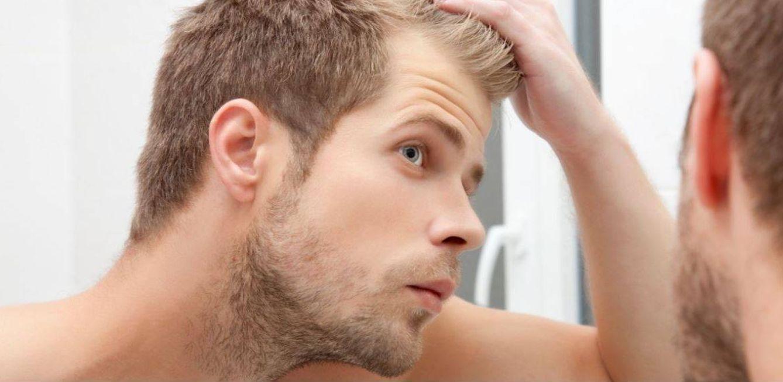 Foto: Uno de los gestos más habituales ante el espejo cada mañana