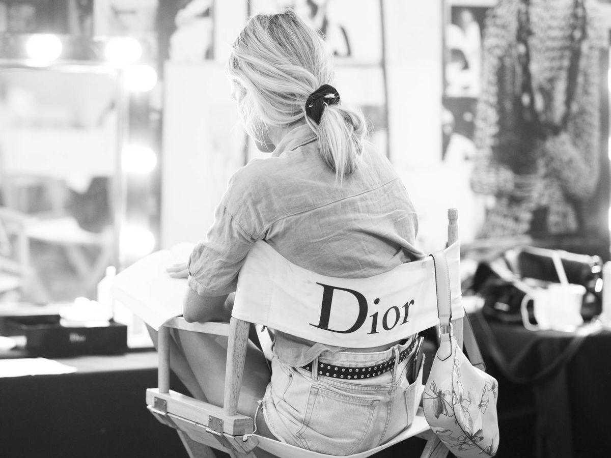 Foto: La nueva forma de llevar los accesorios capilares. Reciclaje fashion. (Imaxtree)