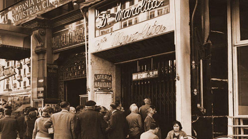 Foto: Colas en la célebre administración madrileña. (Instagram de Doña Manolita)