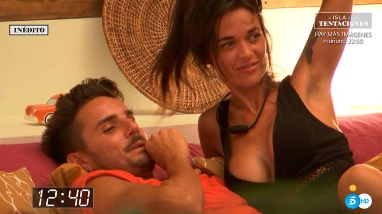 Manuel y Fiama, en 'La isla de las tentaciones'. (Mediaset España)