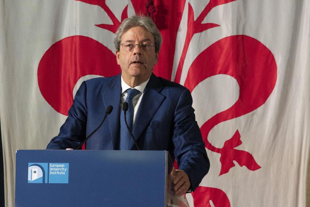 Foto: El primer ministro italiano Paolo Gentiloni pronuncia un discurso durante el foro del Estado de la Unión organizado por el Instituto Universitario Europeo, en Florencia, el 11 de mayo de 2018. (EFE)