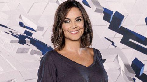 El truco  de Mónica Carrillo para rejuvenecer (y ahorrarse estilista)