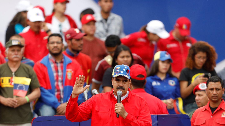 Nicolás Maduro habla ante sus partidarios. (Reuters)