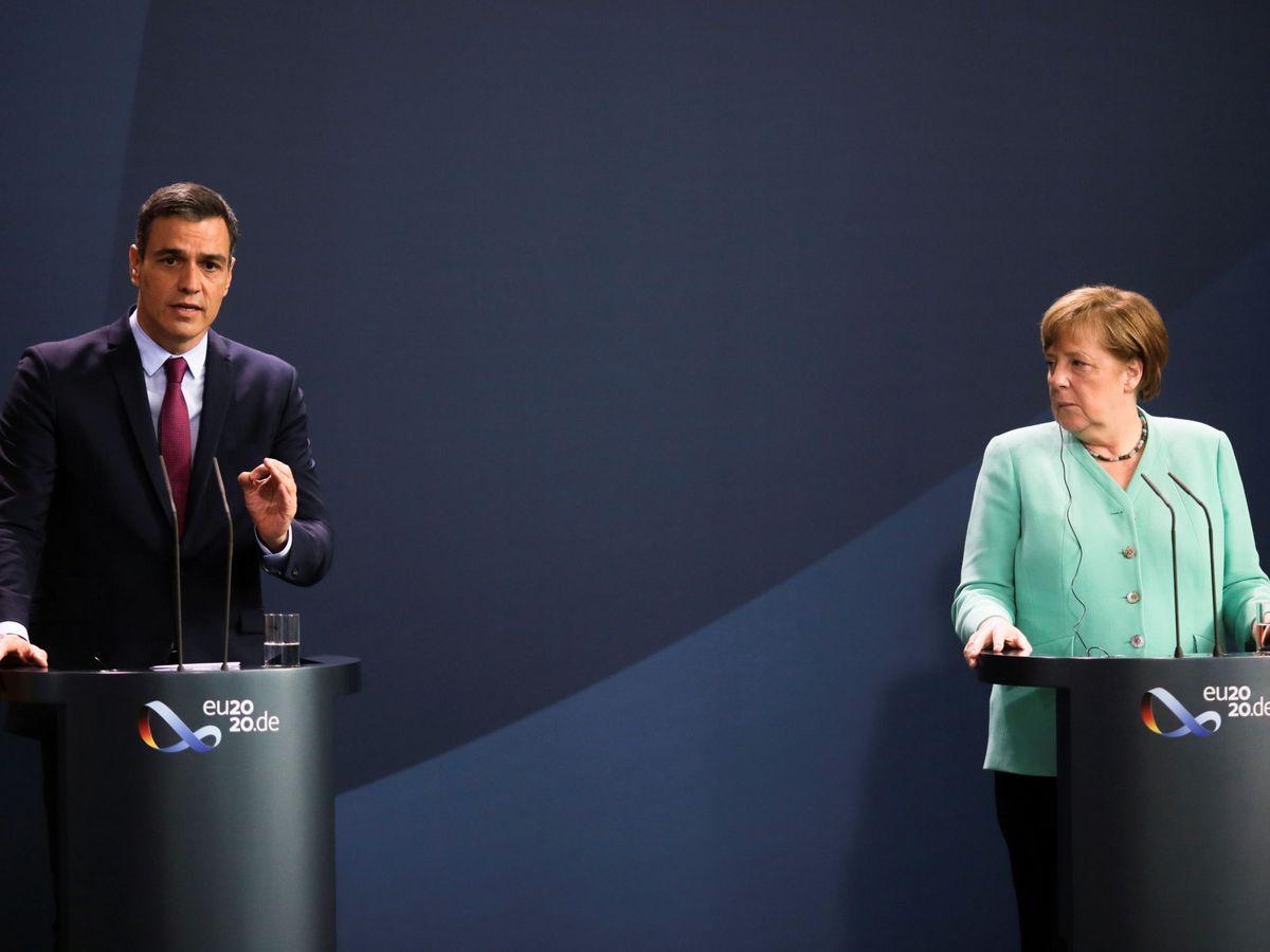 Foto: Pedro Sánchez y Angela Merkel. (Reuters)