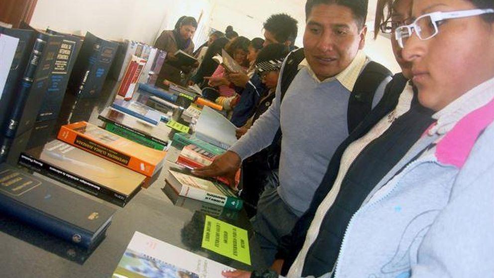 Enfermeras Para el Mundo y SEUR envían libros para estudiantes en Bolivia