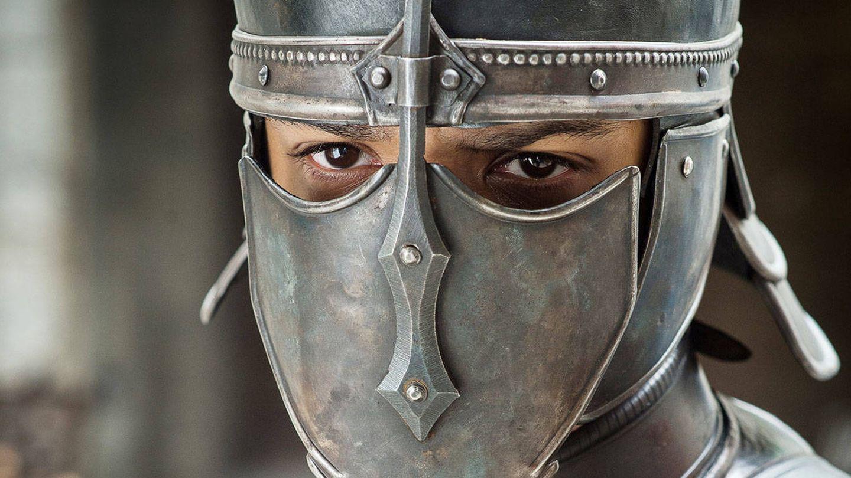 Imagen del tercer capítulo de la séptima temporada con Gusano Gris listo para el ataque