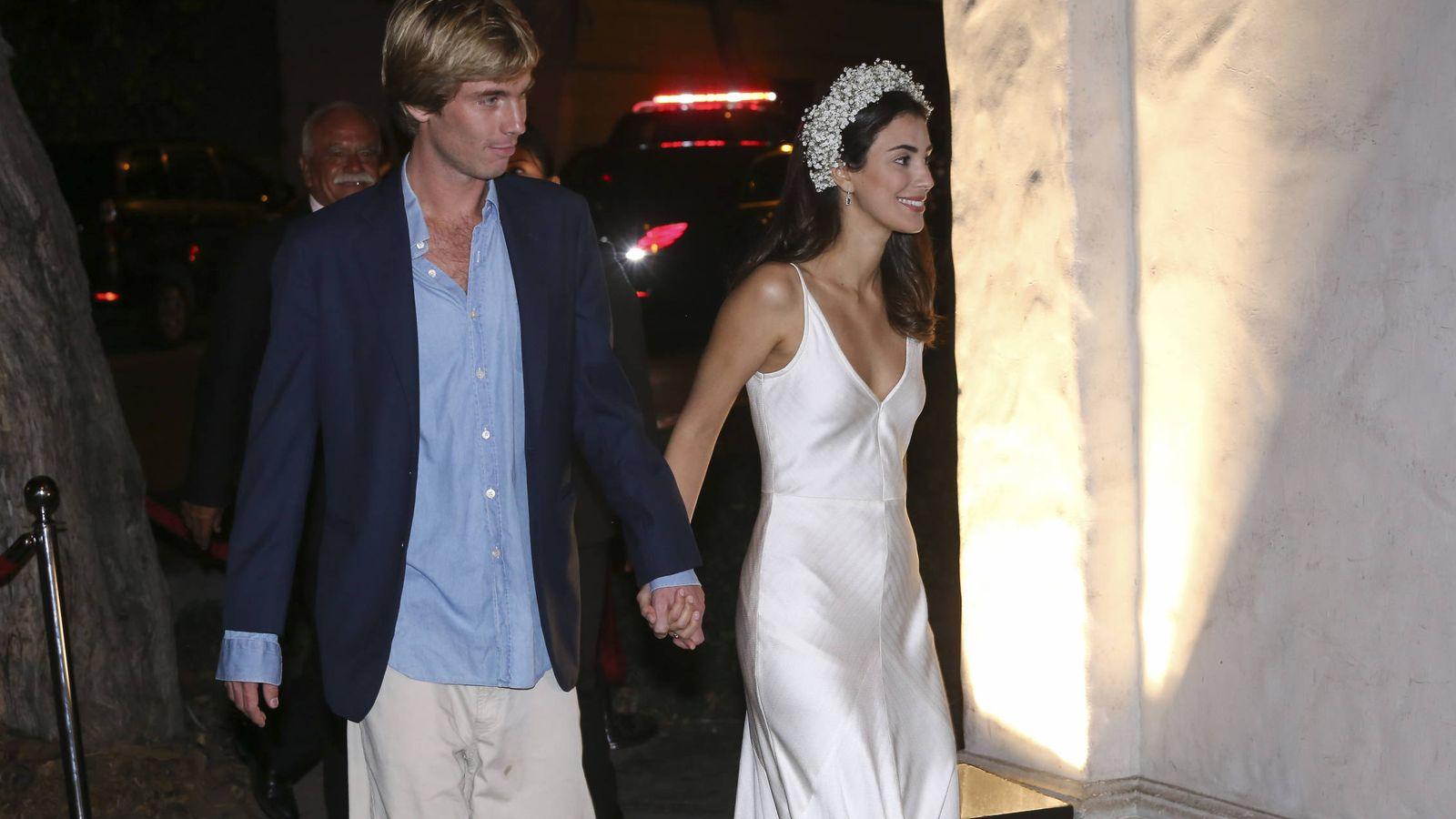 Foto: Sassa de Osma con su primer vestido de novia en la fiesta preboda. (Gtres)