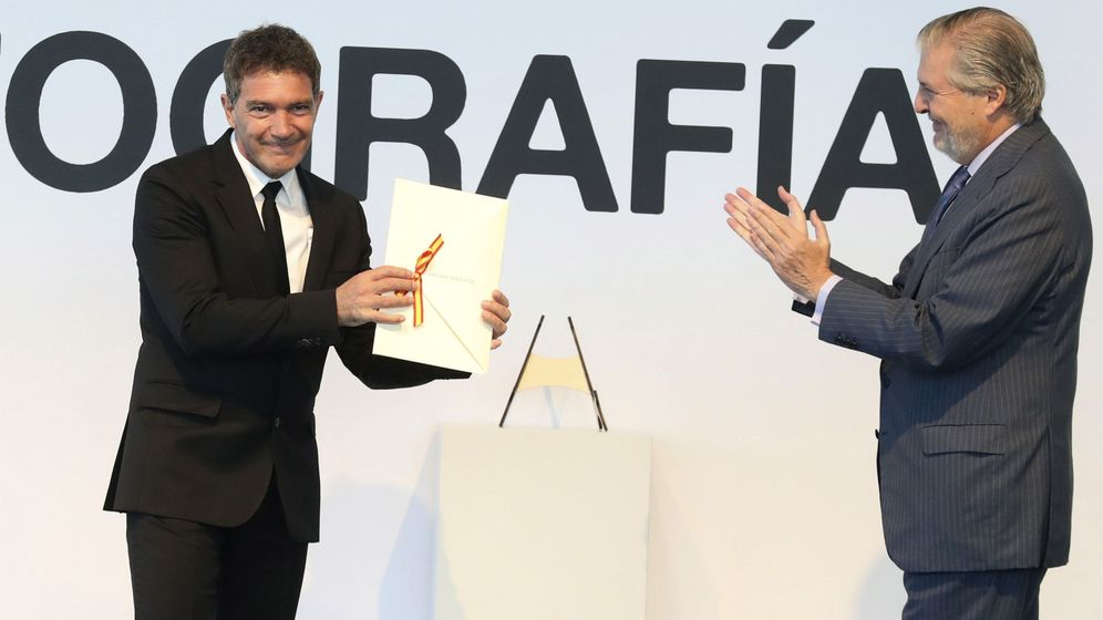 Foto: Antonio banderas recibe el premio nacional de cinematografía. (EFE)