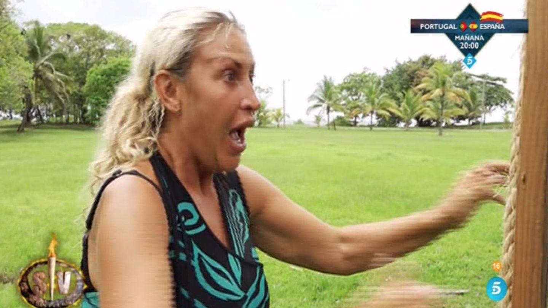 Raquel Mosquera descubre su nuevo peso. (Telecinco)