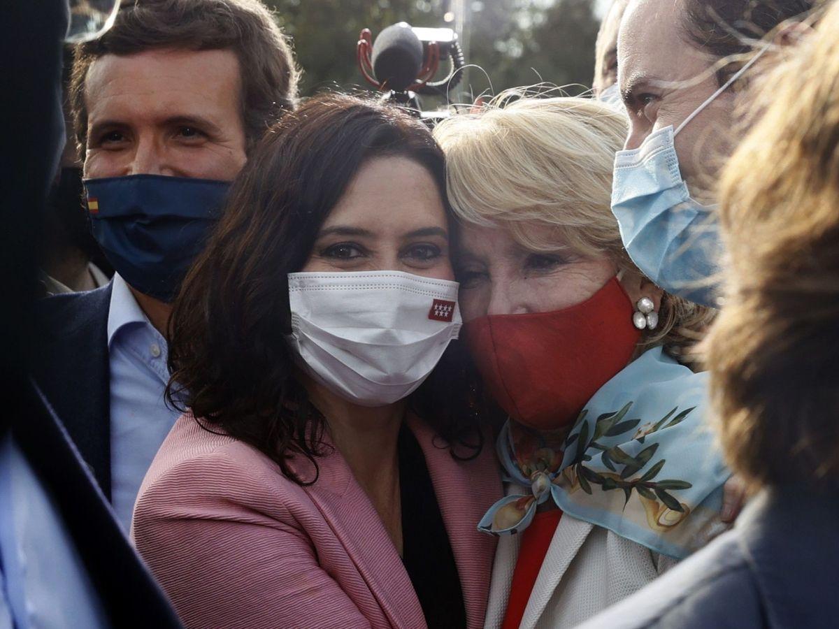 Foto: Isabel Díaz Ayuso, Esperanza Aguirre y Pablo Casado. (EFE)