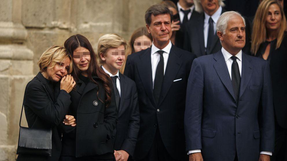 La misa funeral por la duquesa de Alba, marcada por la polémica
