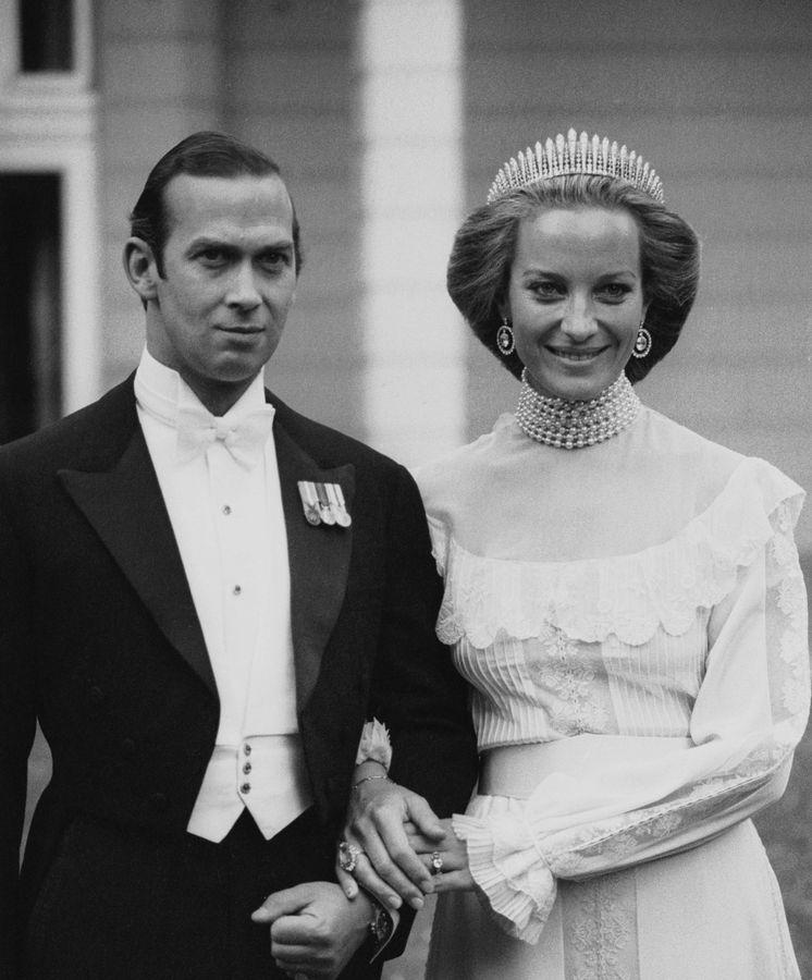 Foto: La boda de los príncipes Michael de Kent. Ella lleva la tiara City of London. (Getty)
