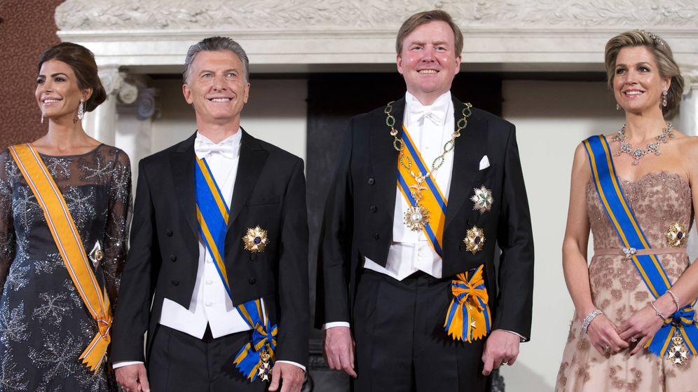 Foto: Los reyes de Holanda junto a Macri y Juliana Awada. (Gtres)