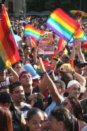 Denuncian la existencia en España de terapias para dejar de ser gay
