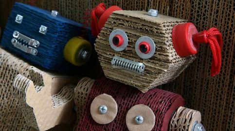 Robots peruanos de cartón para concienciar sobre el medio ambiente