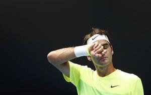 Federer supera el susto con Bolelli y Sharapova salvó dos bolas de partido